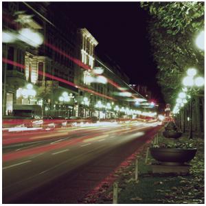 Wiesbaden Wilhelmstraße bei Nacht