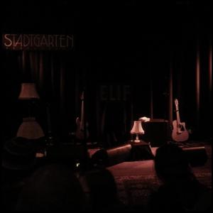 leere-Bühne