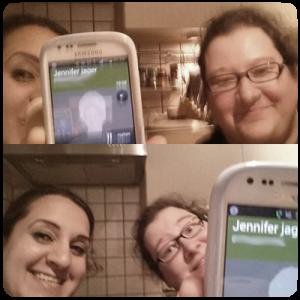 Selfie mit Jennifer Jäger beim Telefonieren