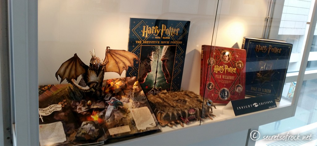 Harry Potter Merchandise in Glasvitrine