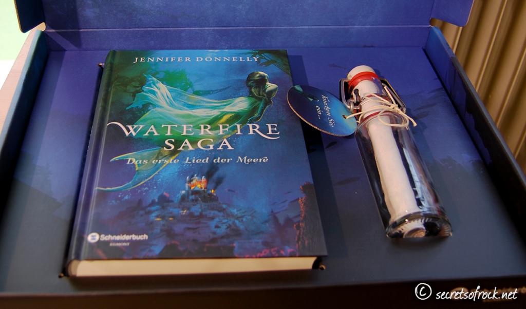 Waterfire Saga Überraschungspost: Inhalt