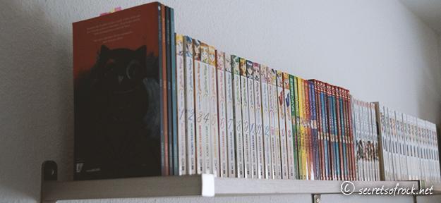 Das neue Regal voller Manga finale Version von der Seite